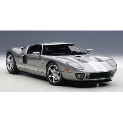Ford GT 2004 Titanium Grey w/ Silver Stripes