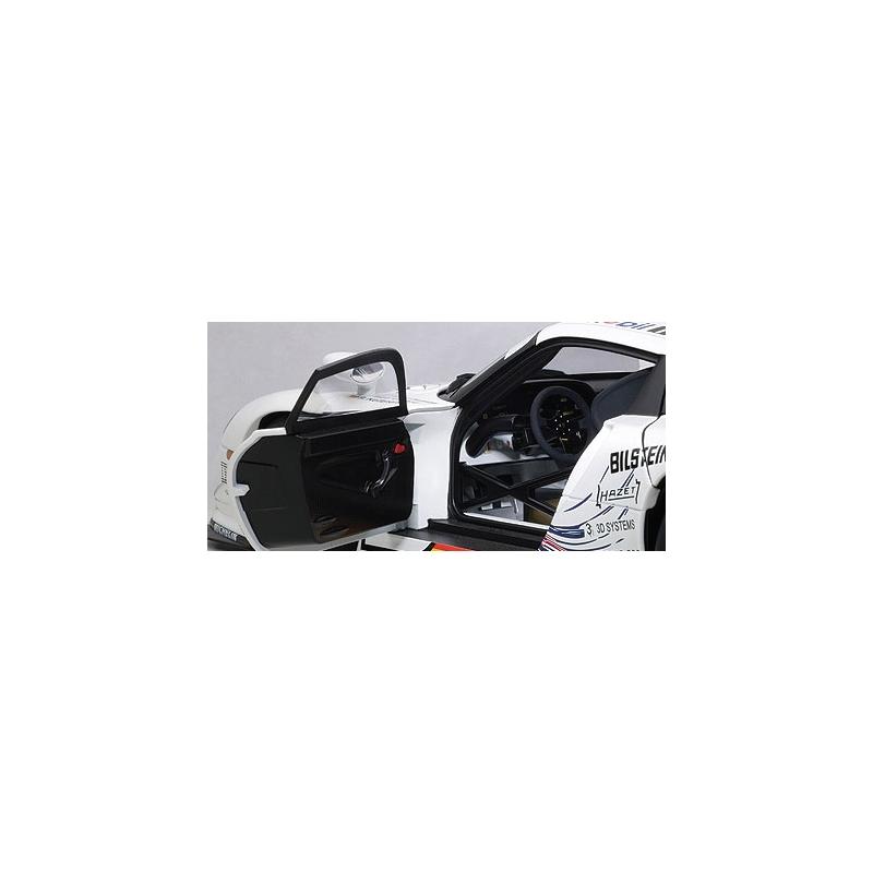 autoart 89773 1 18 porsche 911 gt1 mobil le mans 1997. Black Bedroom Furniture Sets. Home Design Ideas