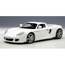 Porsche Carrera GT 2002 White