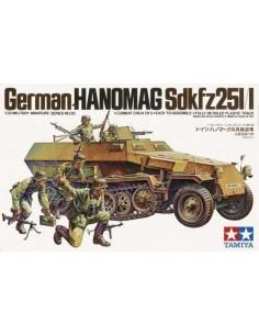 Tamiya - 35020 - German Hanomag SdKfz 251/1  - Hobby Sector