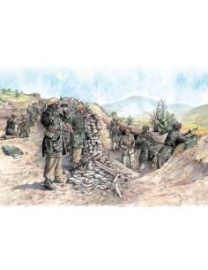 Italeri - 6134 - German Paratroopers (Tropical Uniform)  - Hobby Sector