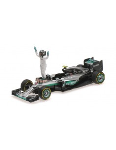 Mercedes AMG Petronas F1 W07 Hybrid Rosberg Abu Dhabi 2016 Figurine