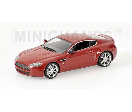 ASTON MARTIN V8 VANTAGE - 2005 - RED METALLIC