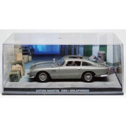 Aston Martin DB5 with crates James Bond Goldfinger