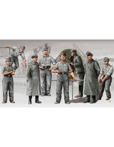 German Artillery Crew (Morser Karl)