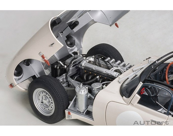 AUTOart - 73649 - JAGUAR TYPE E LIGHTWEIGHT - Blanc  - Hobby Sector