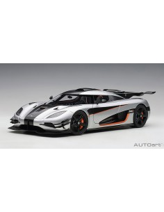 AUTOart - 79017 - KOENIGSEGG ONE : 1 - Moon Grey /Carbon Black /Orange Accents  - Hobby Sector