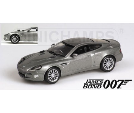 minichamps aston martin v12 vanquish james bond 2002. Black Bedroom Furniture Sets. Home Design Ideas