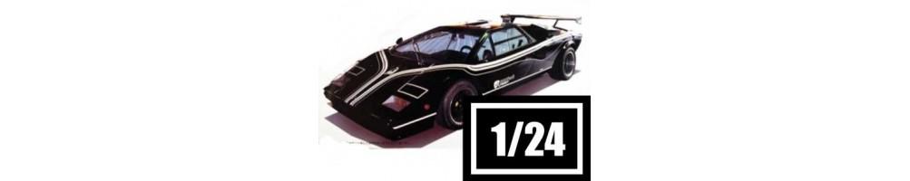 Kits de carros à escala 1/24.